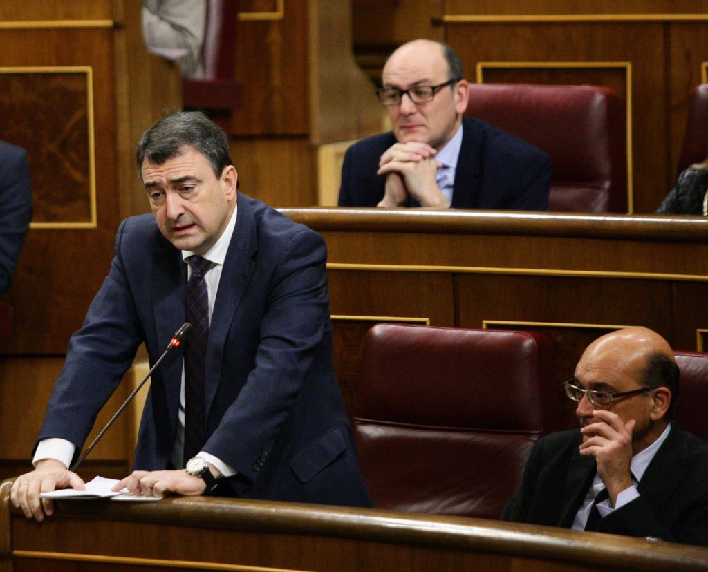 El Congreso vota mañana una moción del PNV que busca reparar a las víctimas de tortura en los años de lucha contra ETA