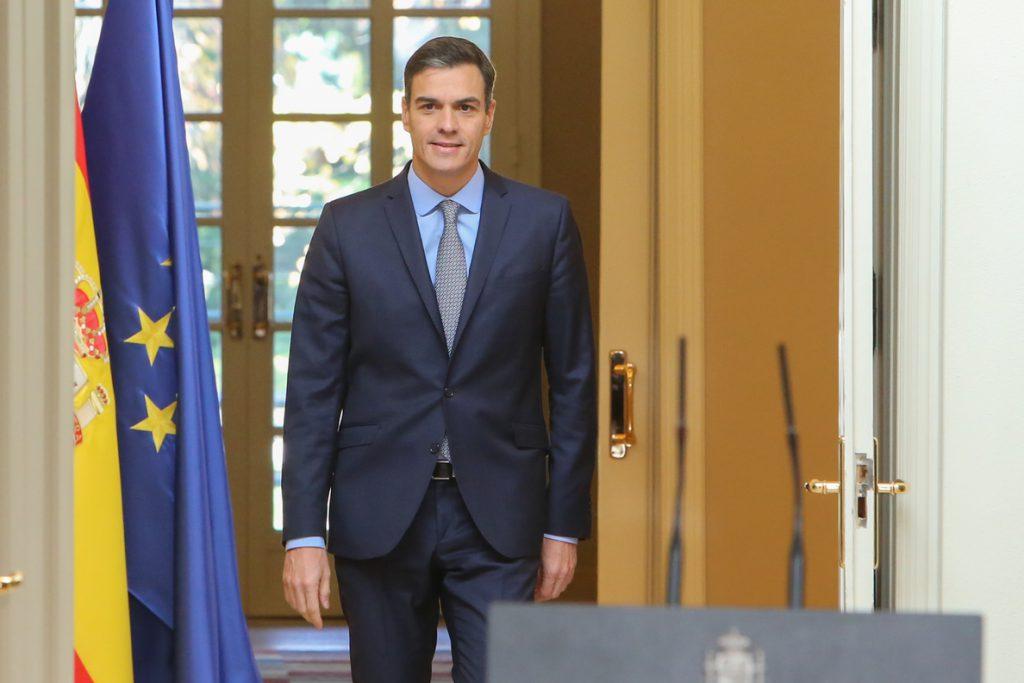Sánchez subraya la división del independentismo y dice que debe mantener una relación normalizada con Torra