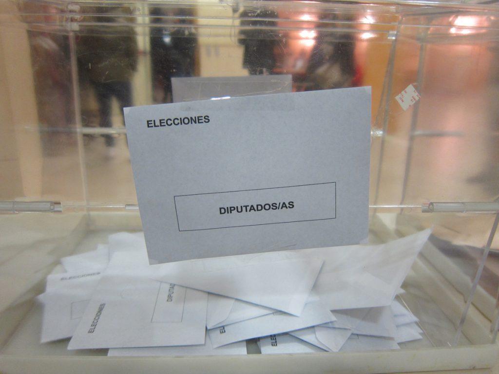 El camerunés que quería ser diputado de Podemos por Córdoba se retira de las primarias al no tener la nacionalidad