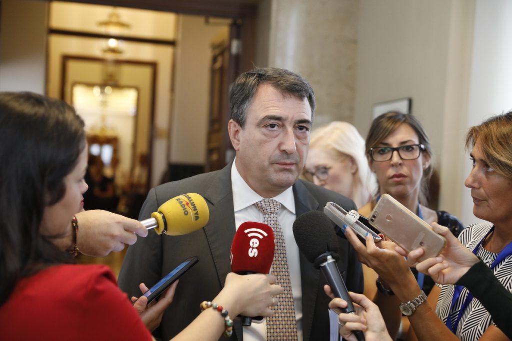 El Congreso rechaza la ley del PNV para descontar a los etarras las penas cumplidas en Francia