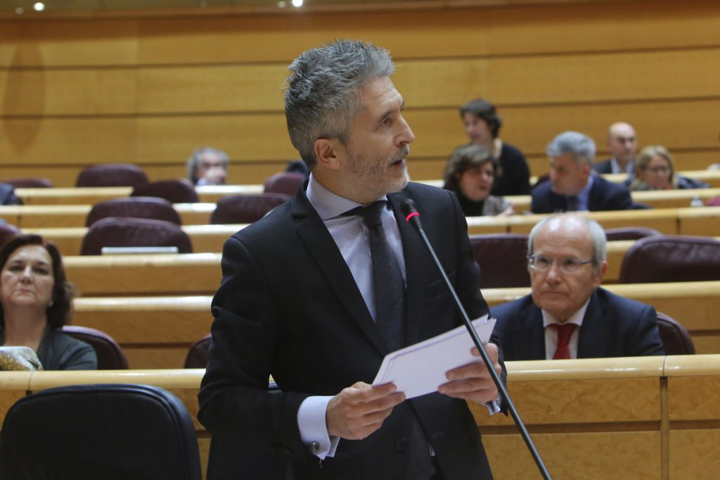 Marlaska dice que el PP se disgustará si no ocurre un «cataclismo» este viernes en Barcelona y que él está «tranquilo»
