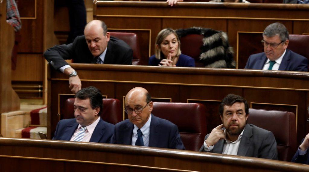 PP, PSOE y Cs tumban la moción del PNV que perseguía reparar a las víctimas de torturas en los años de lucha contra ETA