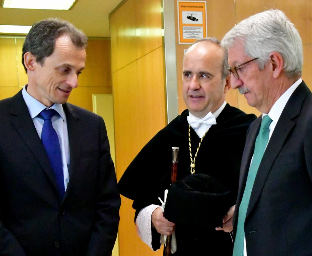 Pedro Duque presidirá el jueves la toma de posesión de Ricardo Mairal como rector de la UNED