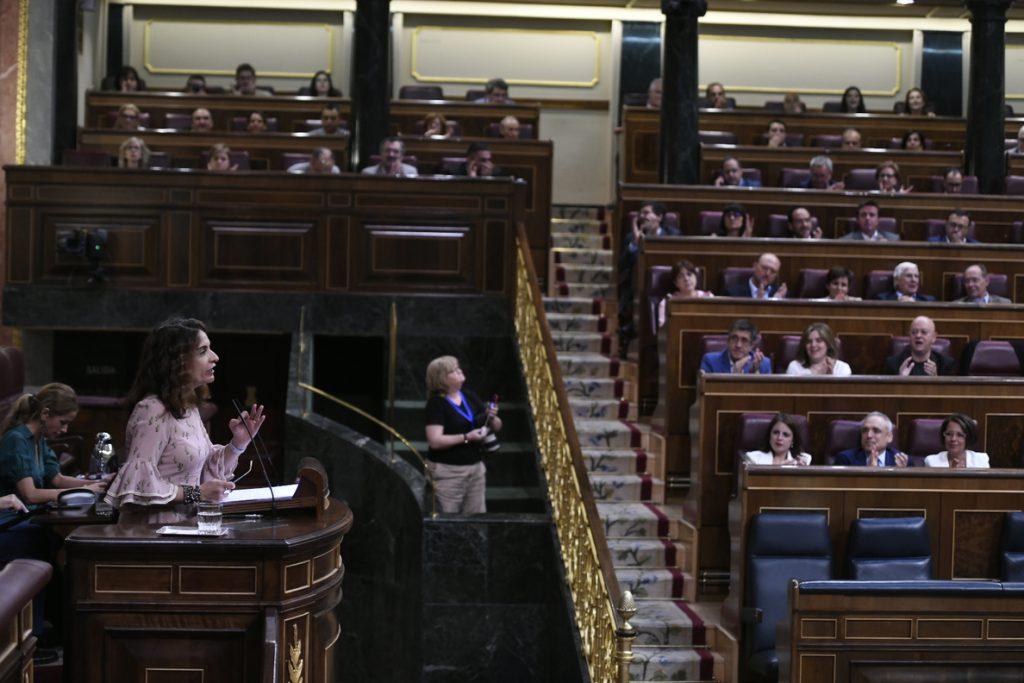 El Congreso vota mañana la senda de déficit del Gobierno, que necesita a ERC y PDeCAT para aprobarla
