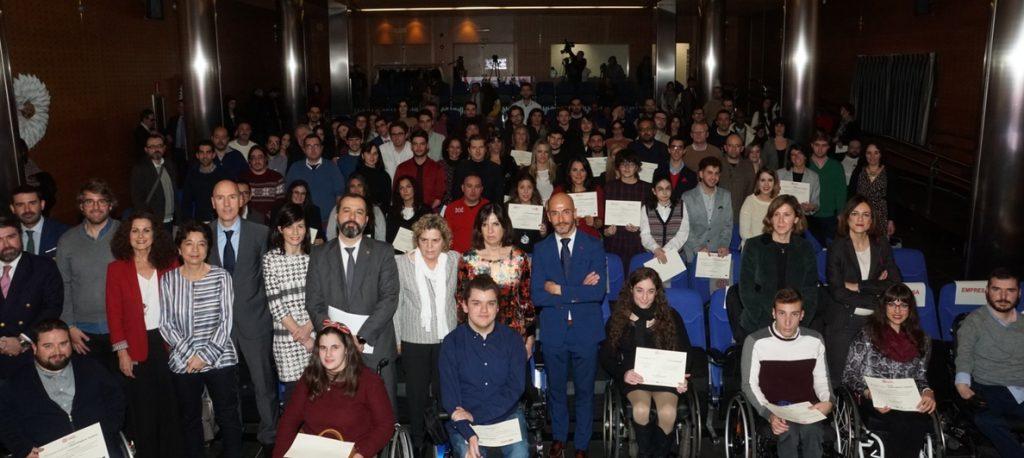 La Fundación ONCE entrega 90 becas 'Oportunidad al Talento' a universitarios con discapacidad
