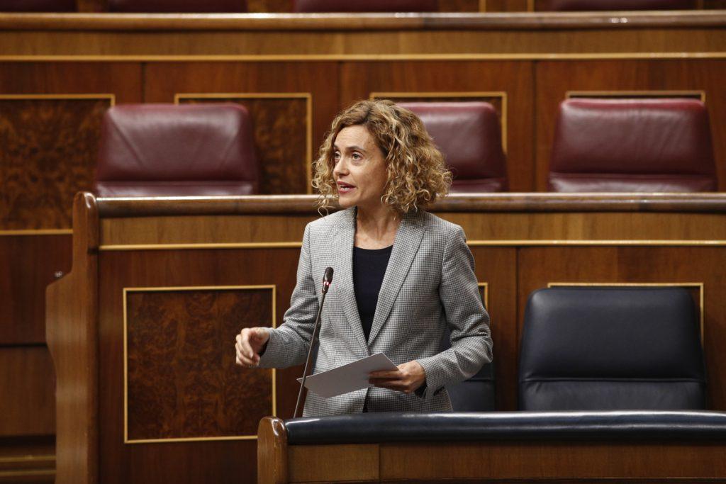El PP acusa al Gobierno de «traición a España» y Batet aconseja hacer caso al Rey y a Ana Pastor evitando la crispación