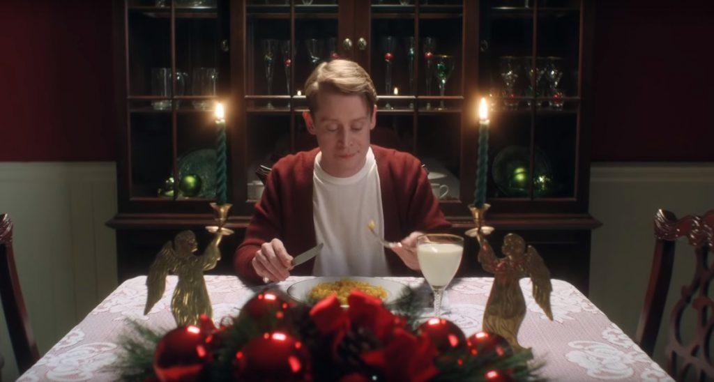 Los altavoces Home y Assistant ayudan a Macaulay Culkin en el 'remake' de Solo en casa de Google