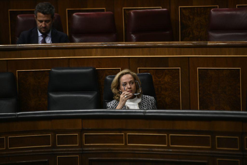 Calviño celebra que la reforma hipotecaria vaya a ser aprobada tras «mejorarla sustancialmente»