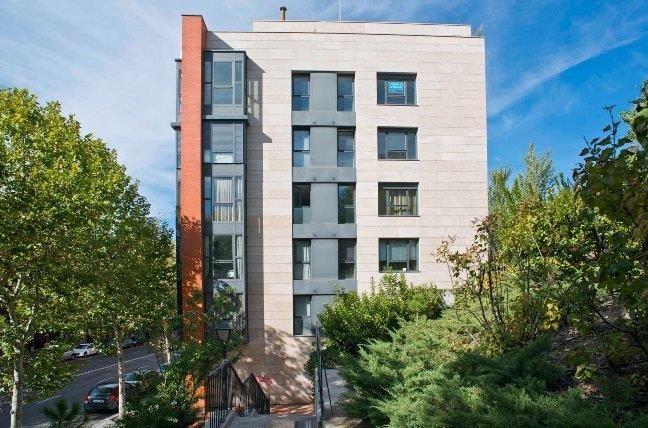 Blackstone y Santander blindan su asociación en la firma de pisos en renta Testa