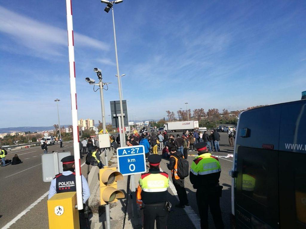 Reabierto el acceso principal para camiones al Puerto de Tarragona