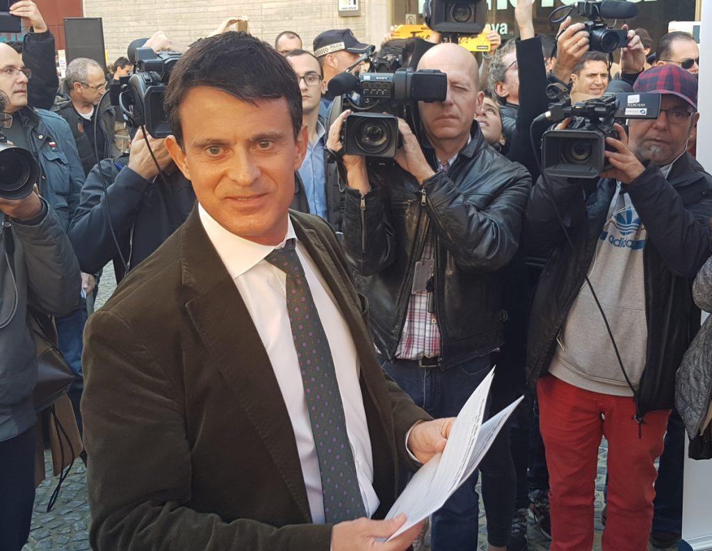 Valls cree que la reunión de Sánchez y Torra parecía «entre gobiernos extranjeros»