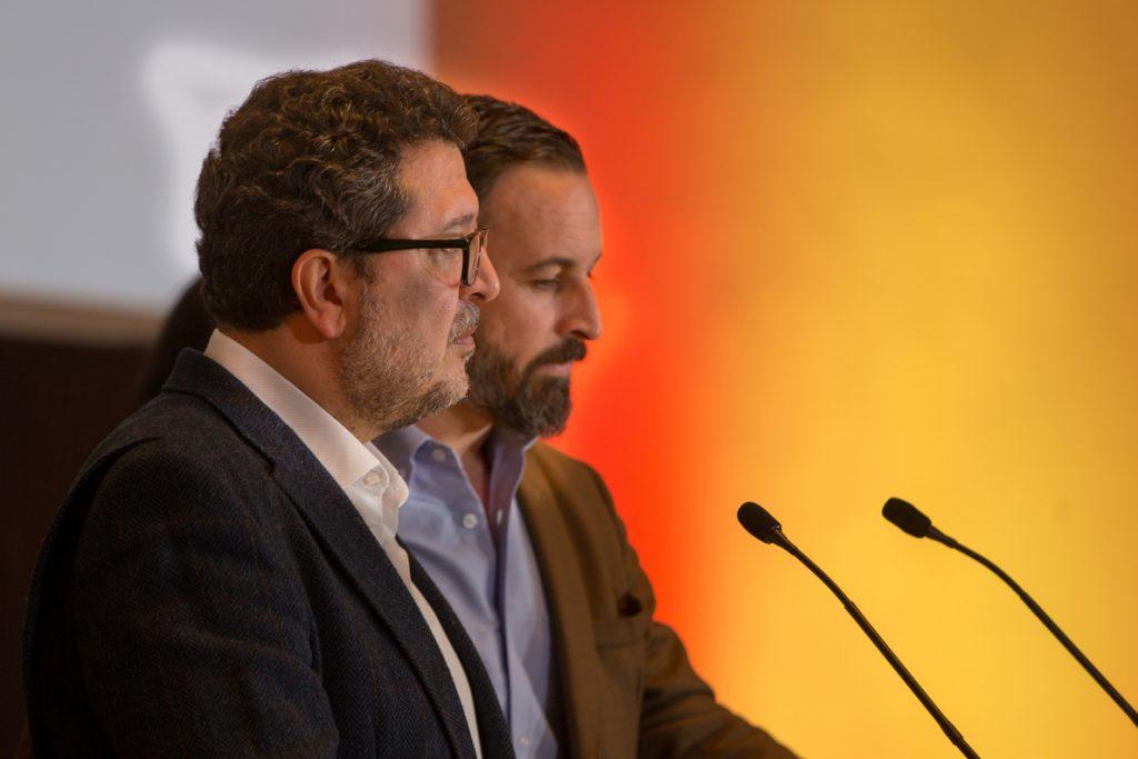 Vox avisa a PP y Cs de que «en ningún caso» tendrán sus votos si cuentan con el PSOE-A en la «nueva etapa»