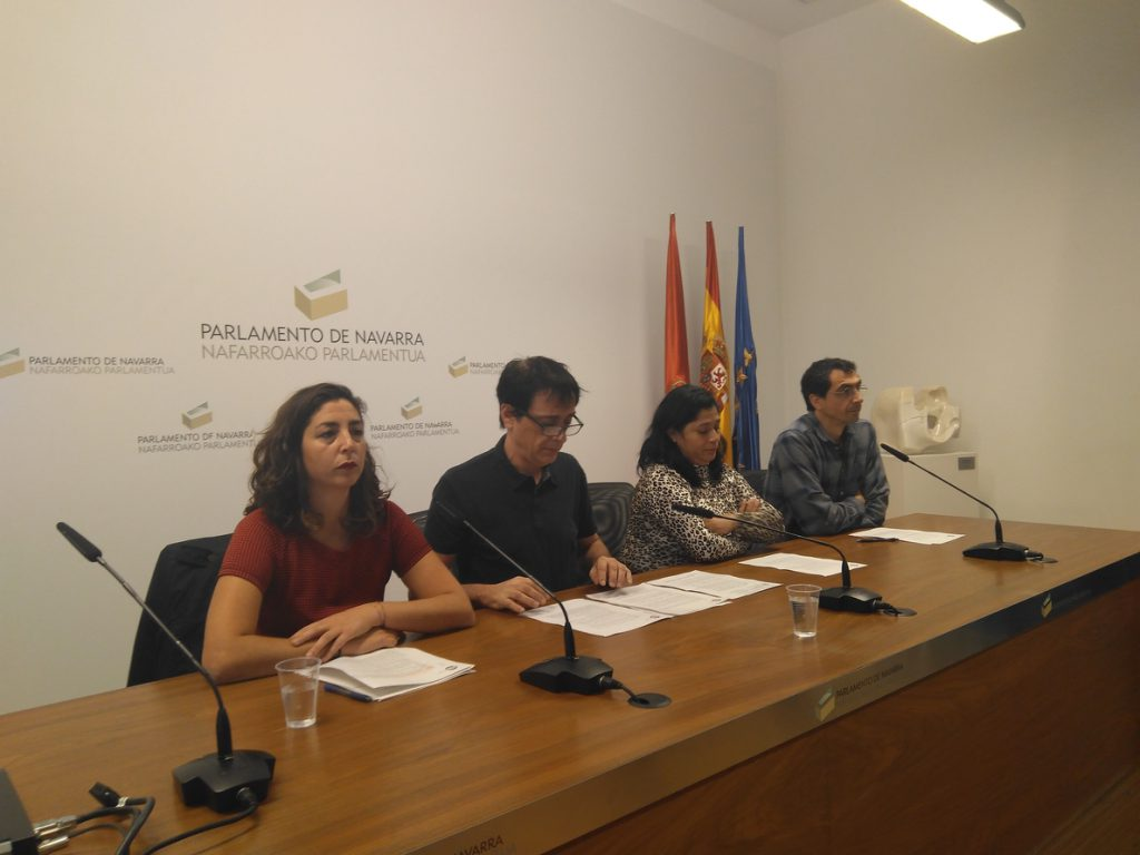 Los críticos de Podemos Navarra niegan que quiera controlar el dinero del grupo parlamentario