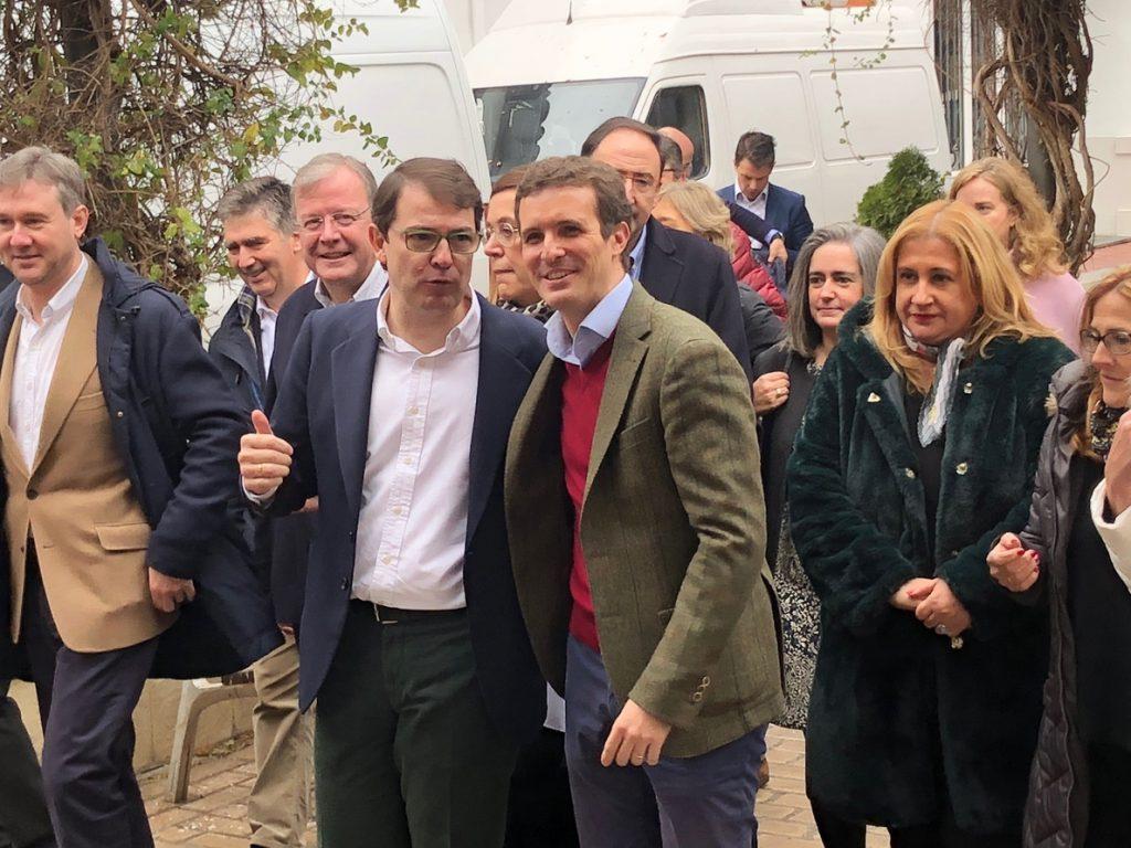 Casado exige elecciones de inmediato por la «traición» de Sánchez con un Gobierno «centro de mando del secesionismo»