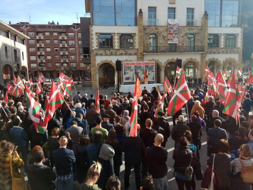 Sortu pide a PNV, PSOE y PP que reconozcan «la violencia ejercida y el sufrimiento causado por ellos»