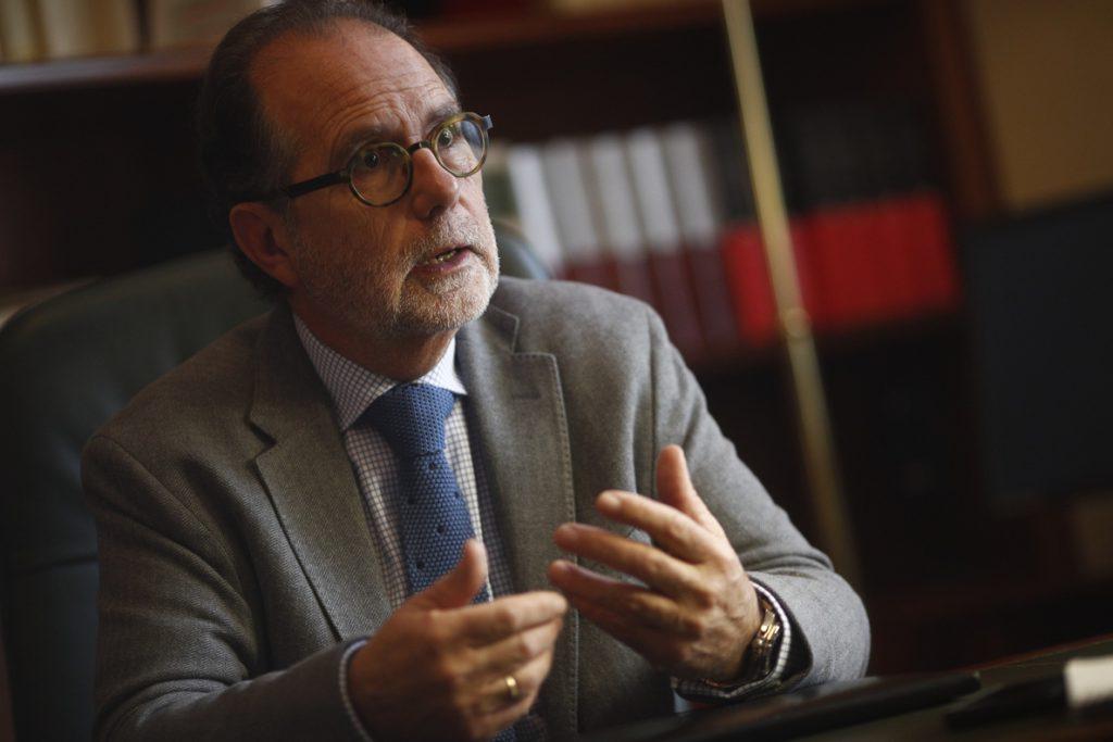 Vieira deja el TSJM para irse a la Audiencia Nacional alertando de que la Justicia «está en una situación complicada»