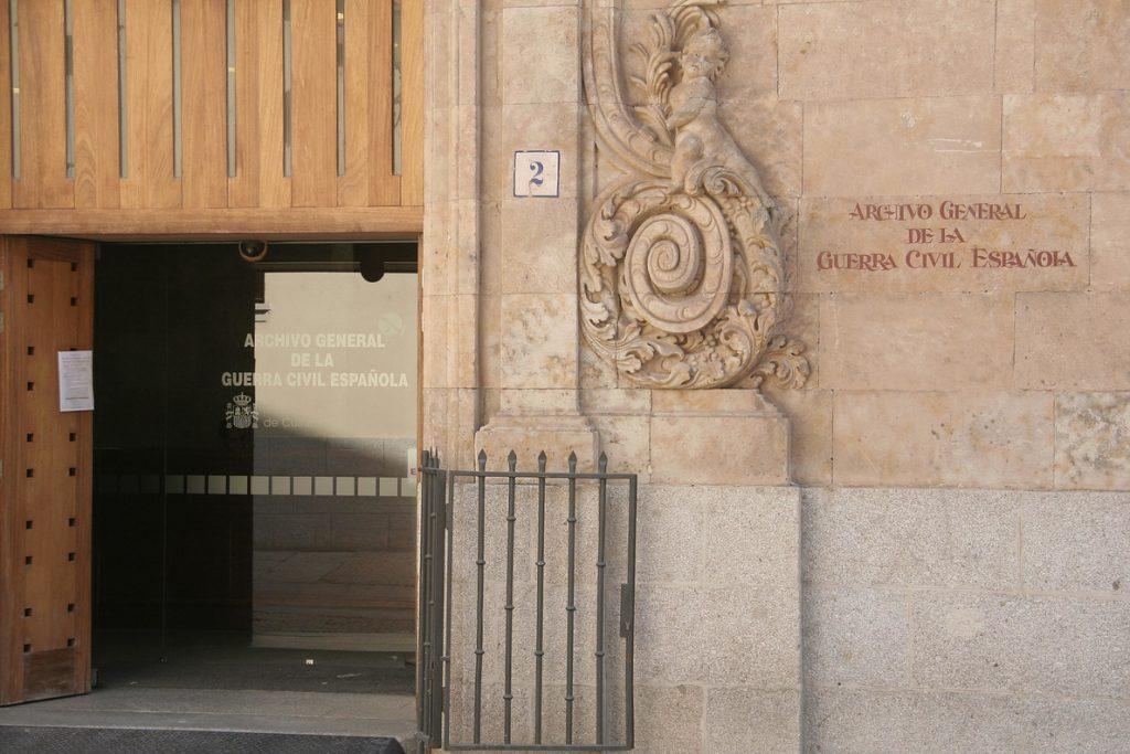 El proyecto de Presupuestos de 2019 incluye 600.000 euros para retomar el plan de digitalización de archivos