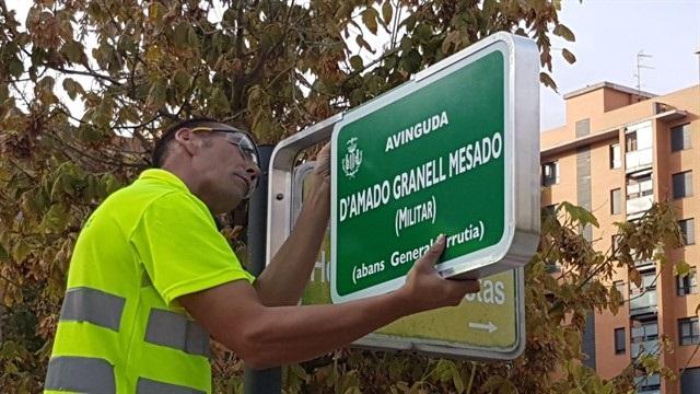 Compromís calcula unos 2.000 cambios en callejeros franquistas y exige la retirada de calles dedicadas a Fraga