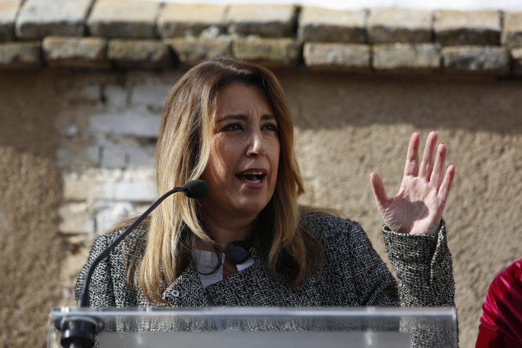 Susana Díaz rechaza que haya un conflicto político en Cataluña «de igual a igual entre dos gobiernos»