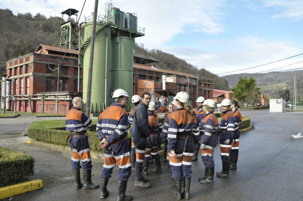 La minería española del carbón solo supone el 2,9% de la producción minera y el 0,007% del PIB, según IIDMA