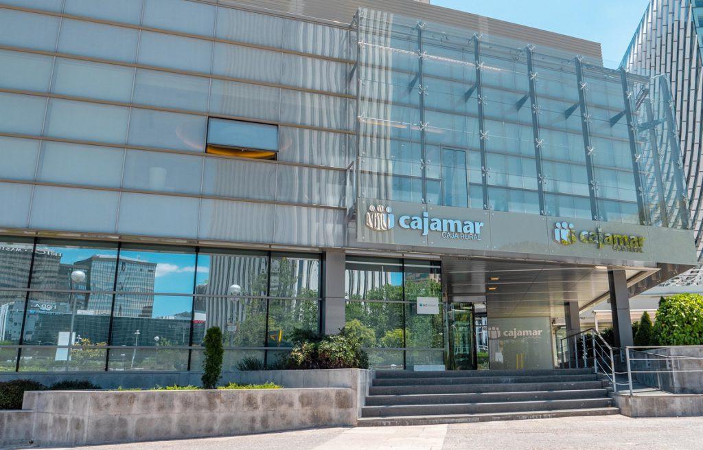 (AMP)BEI e ICO firman con Cajamar un acuerdo para facilitar 1.000 millones en financiación a pymes y autónomos