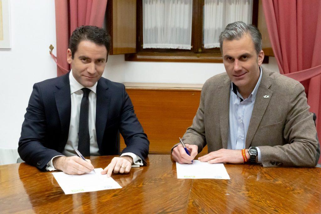 García Egea dice que el PP hablará «con quien tenga que hablar» y que si Zapatero les critica lo están haciendo bien