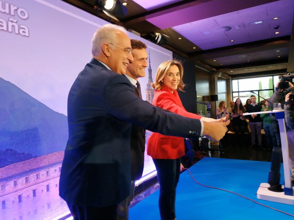 Casado ve catastrófico el balance de Sánchez, que repite errores de Zapatero hacia «una crisis institucional gravísima»