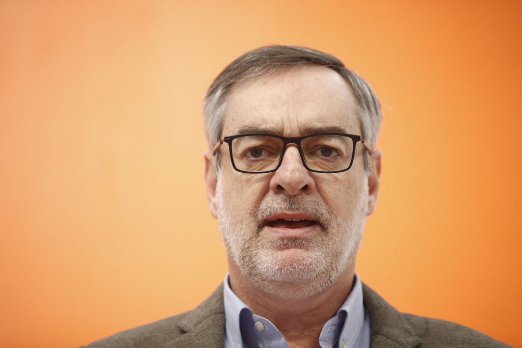 Ciudadanos dice que tras las elecciones de mayo pactará tanto con PP como con PSOE si no miran hacia «los extremos»