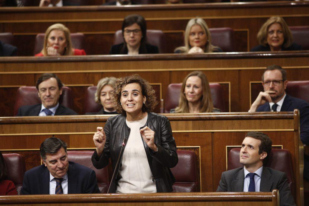 Dolors Montserrat ve «vergüenzas y traiciones» en el balance de Sánchez y cree que el PSOE «lo pagará» en las urnas