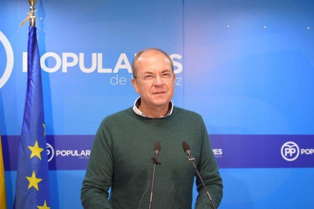 Monago reprocha la «cobardía» de Vara al no defender a las víctimas de ETA por «entreguismo» a Sánchez