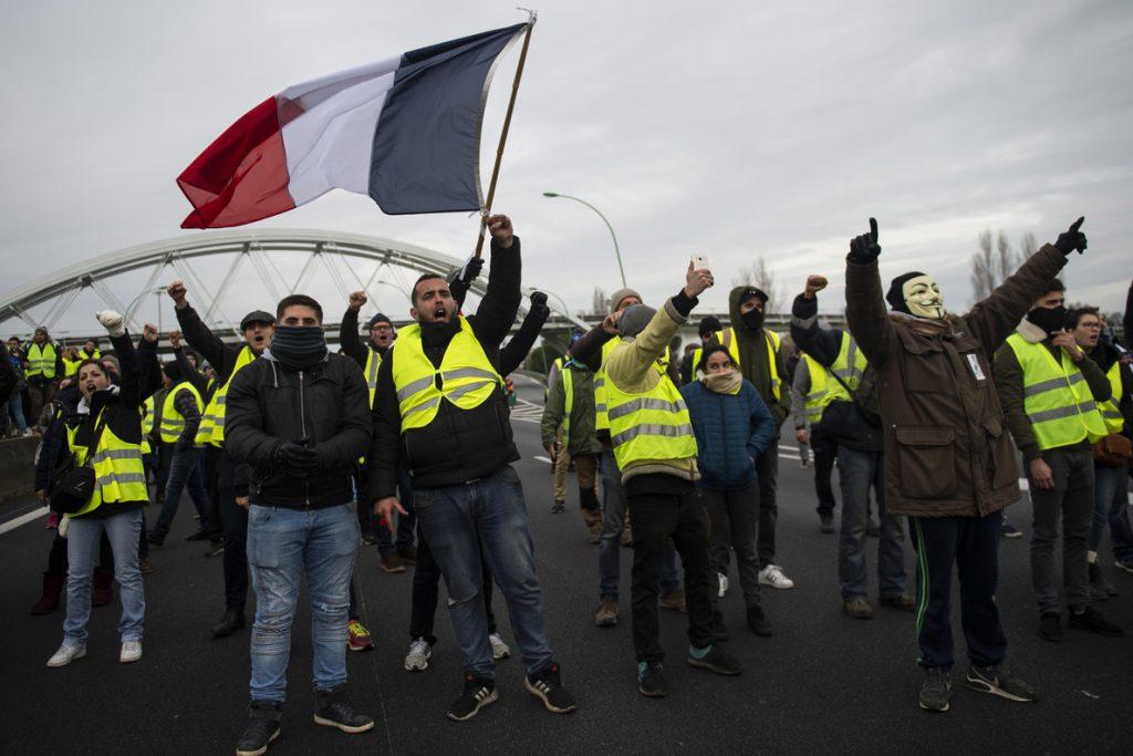 La movilización de los 'chalecos amarillos' sigue perdiendo fuerza en la séptima semana de protestas