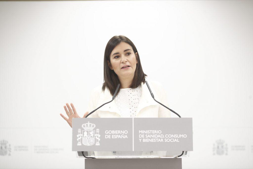 La universalidad, tres ministras y la 'guerra' contra las pseudoterapias, principales temas de Sanidad en 2018