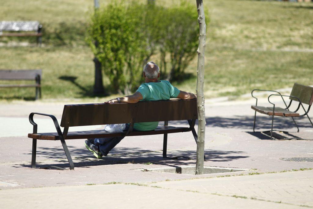 La edad legal de jubilación se eleva este martes a 65 años y 8 meses