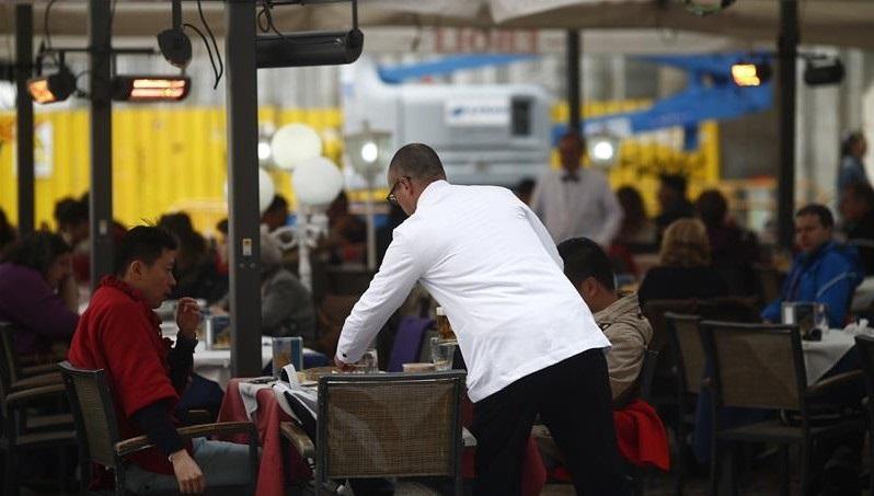 El salario mínimo subirá a 900 euros al mes a partir del 1 de enero