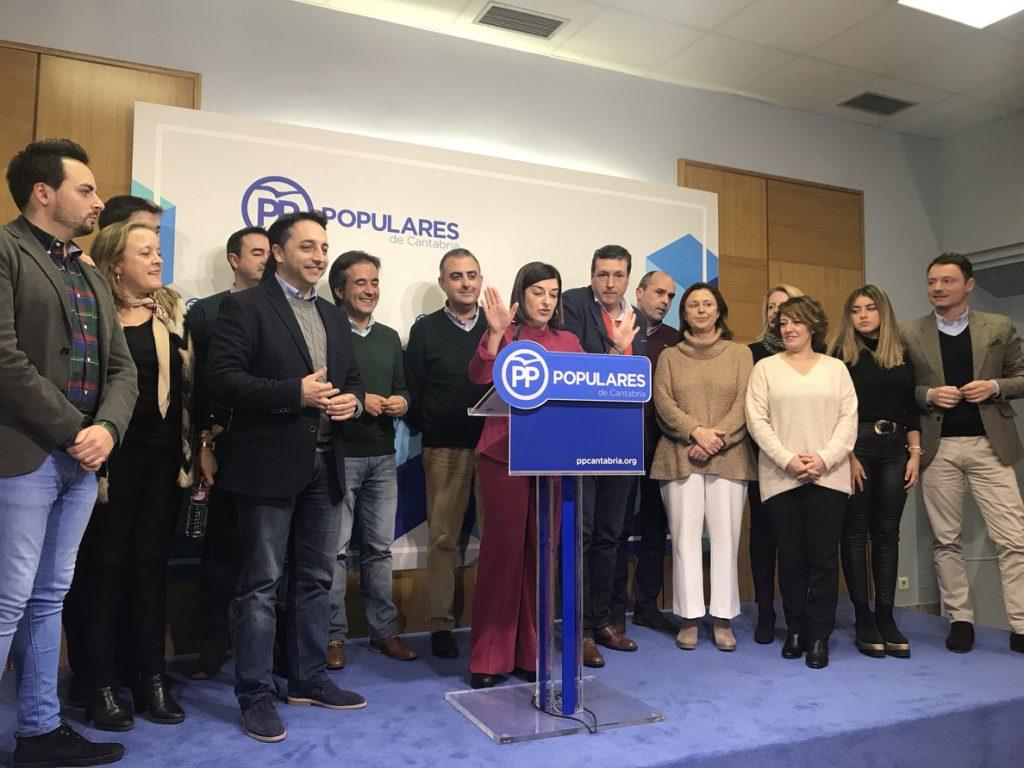 Buruaga sigue al frente del PP de Cantabria para «evitar un cisma» y porque se lo pide Casado