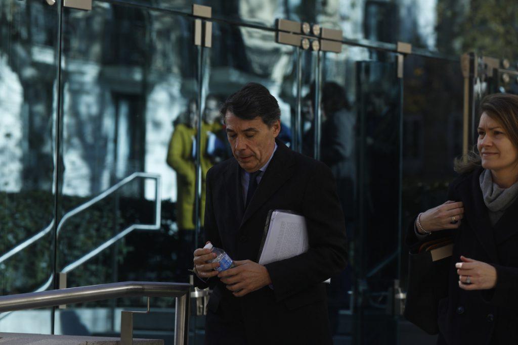 Ignacio González asegura que nunca ha tenido cuentas fuera de España ni ha dado dinero a Zaplana