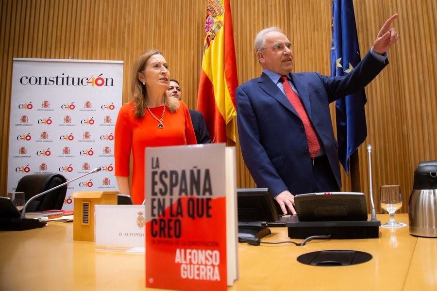 Alfonso Guerra desconoce si votará a Pedro Sánchez en las elecciones generales: «No se si será candidato»