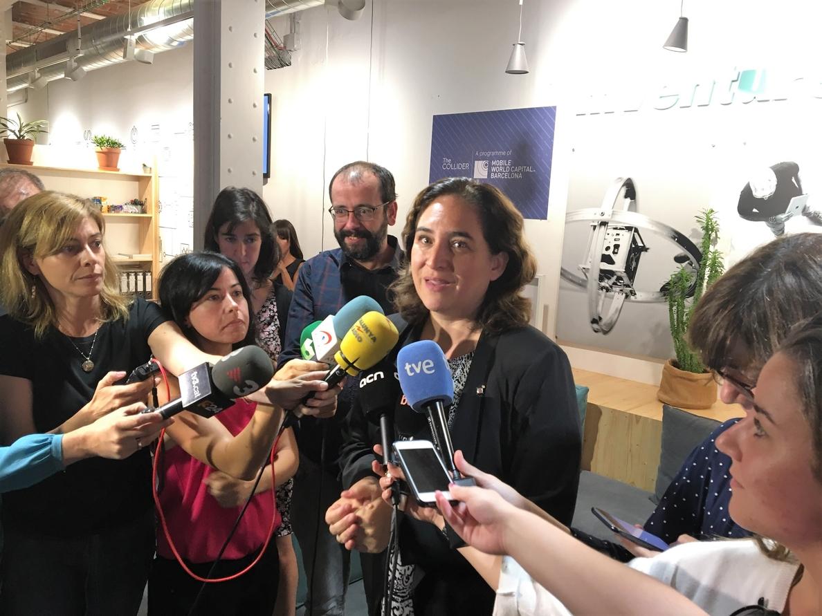 Colau se reunió con Puigdemont tras la suspensión del 1-O: «Entendimos que se suspendían los efectos jurídicos»
