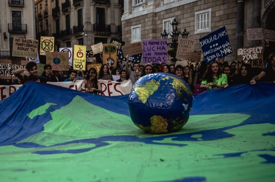 El movimiento climático vuelve a las calles en apoyo al Juicio por el Clima, la denuncia contra el Gobierno ante el TS