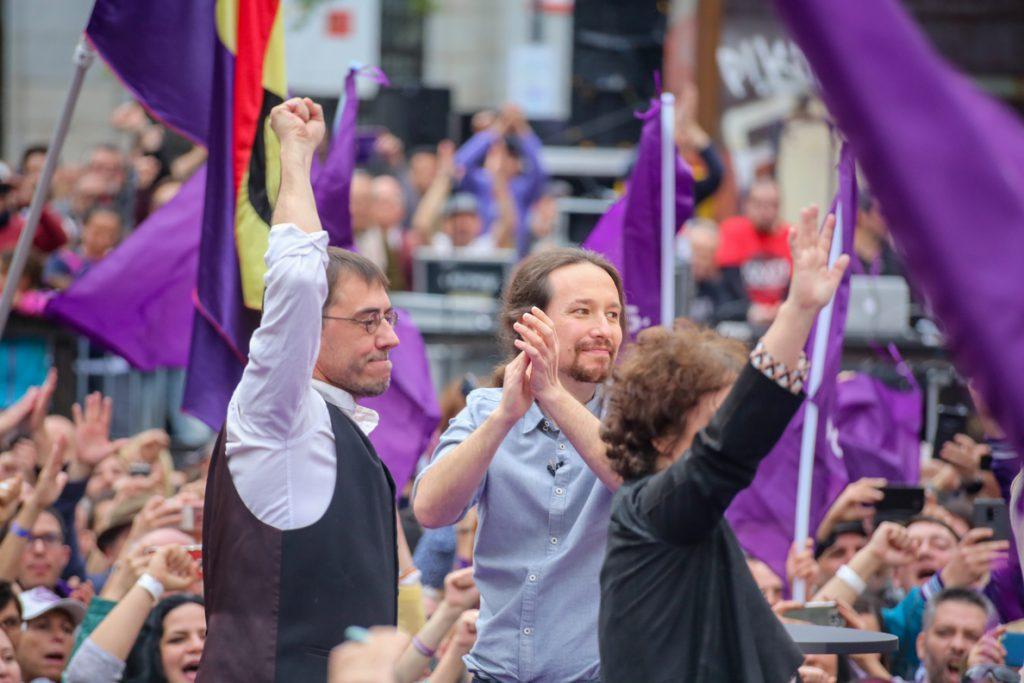 Podemos se lanza a por las generales advirtiendo a los poderosos «que se acabaron sus privilegios»