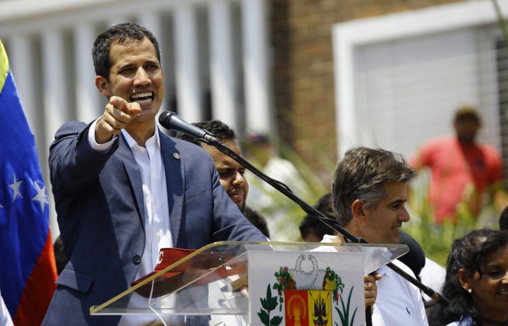 Guaidó defiende la legalidad de una intervención militar extranjera en Venezuela