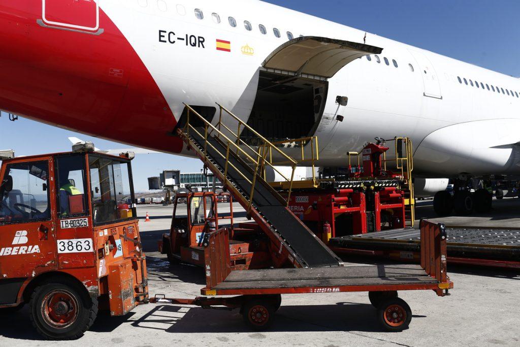 UGT y USO amenazan con huelga de 'handling' en los aeropuertos