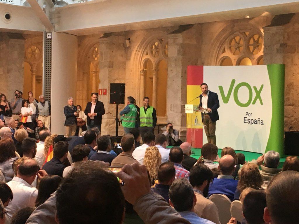Abascal: «El 28 de abril vencerá el sentido común porque ningún español quiere vivir de rodillas»