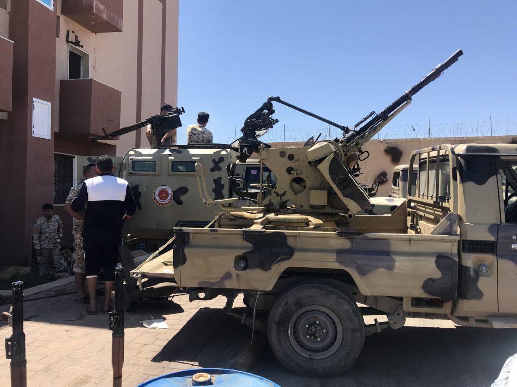 El primer ministro libio pide a sus fuerzas respeto a los DDHH en su contraofensiva contra Haftar