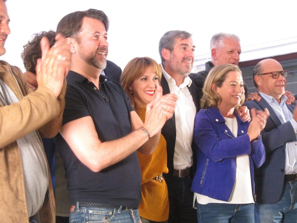 Oramas (CC) dice que es un «día especial» para el nacionalismo porque Canarias planta su «bandera» en Madrid