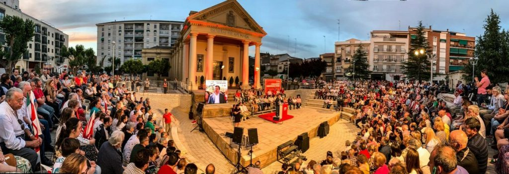 Vara insta a «no dar nada por seguro», porque «lo único que garantiza la victoria en las urnas es votar al PSOE»