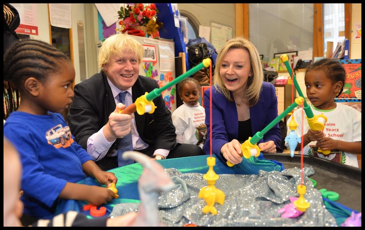 Boris Johnson lanza su campaña con el objetivo de cerrar el Brexit «con o sin acuerdo»