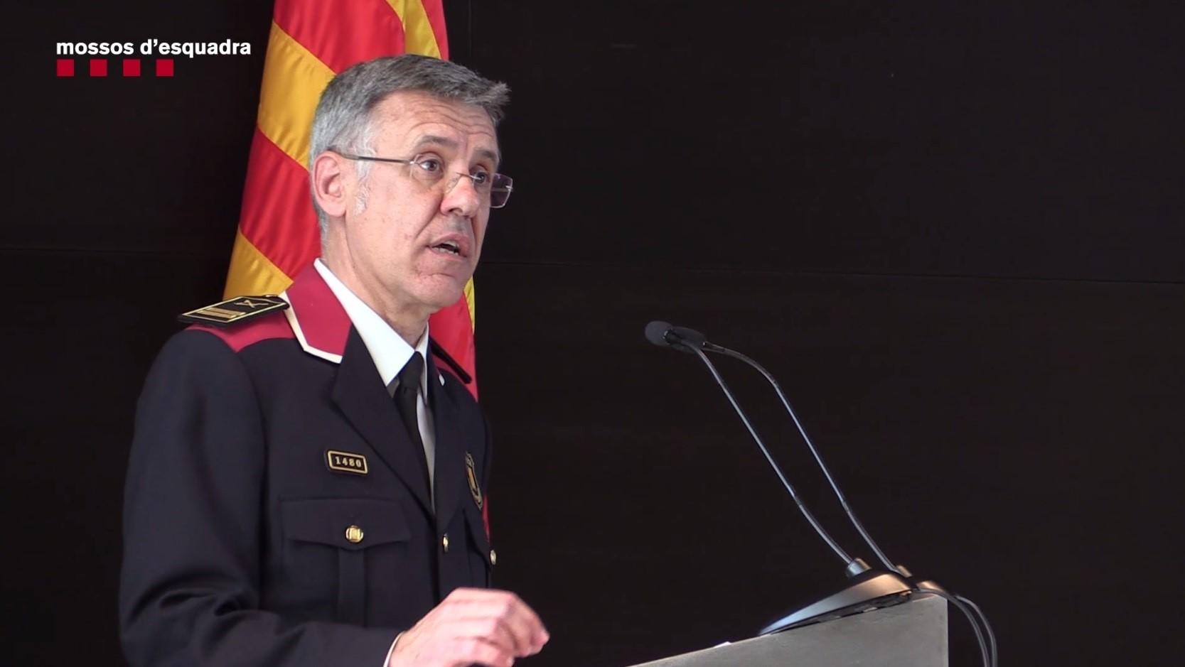 El excomisario jefe de los Mossos defiende su gestión que se ha basado en «recuperar la normalidad institucional»