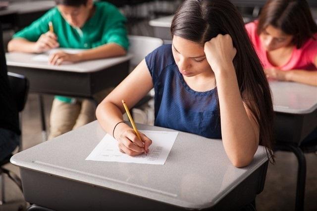 Profesores cargan contra el examen de Dibujo Técnico de Selectividad en Madrid por no ajustarse al currículo de la LOMCE