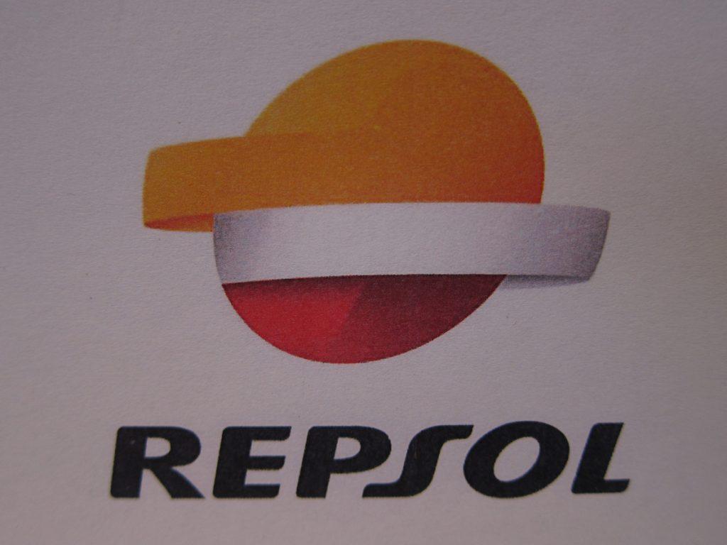 Repsol recortará su plantilla en Canadá en un 30% como parte de su «reestructuración global»